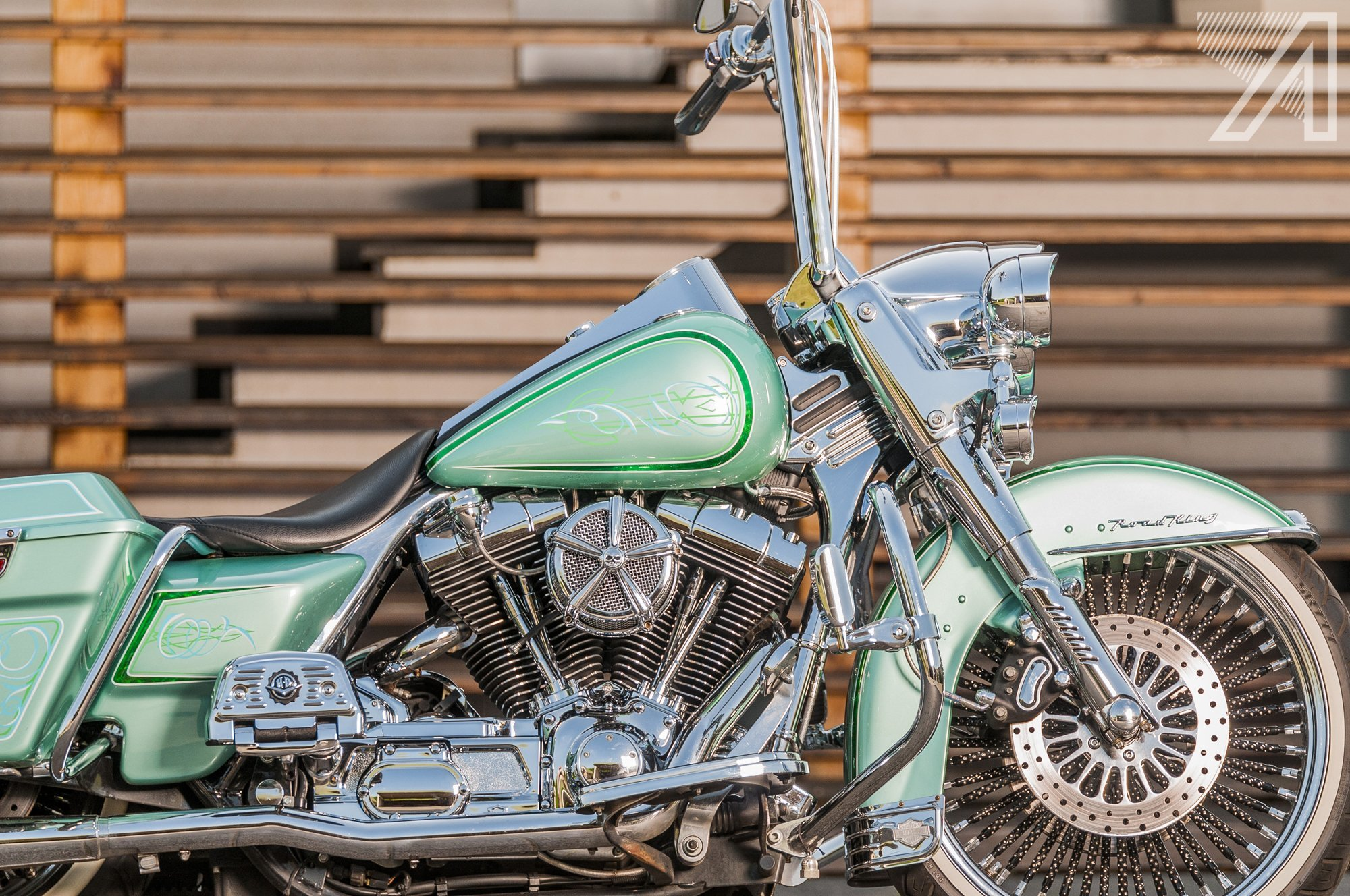 2016-10::1476001602-h-d-road-king-green-candy-leaf-3.jpg
