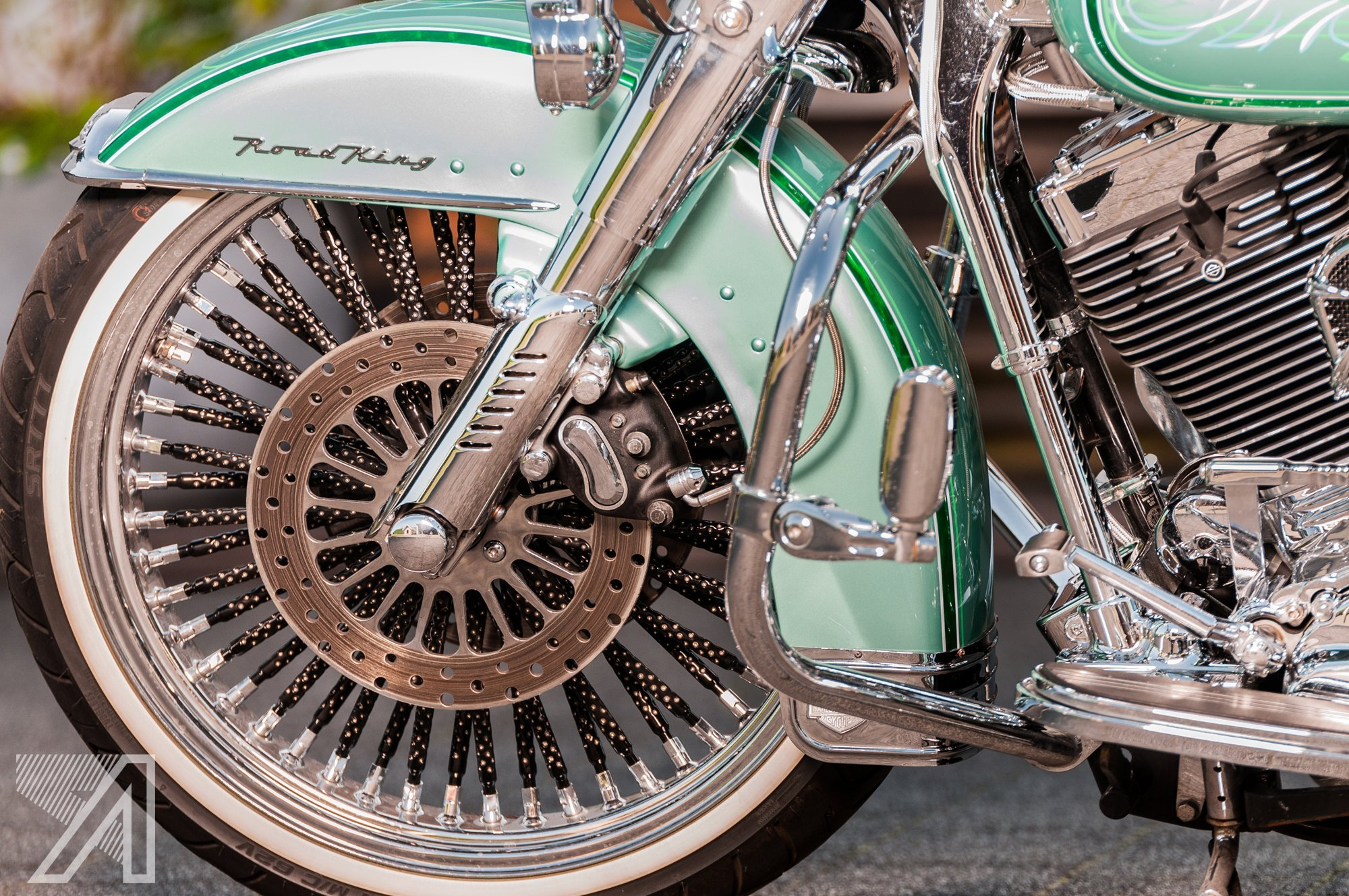 2016-10::1476001609-h-d-road-king-green-candy-leaf-6.jpg