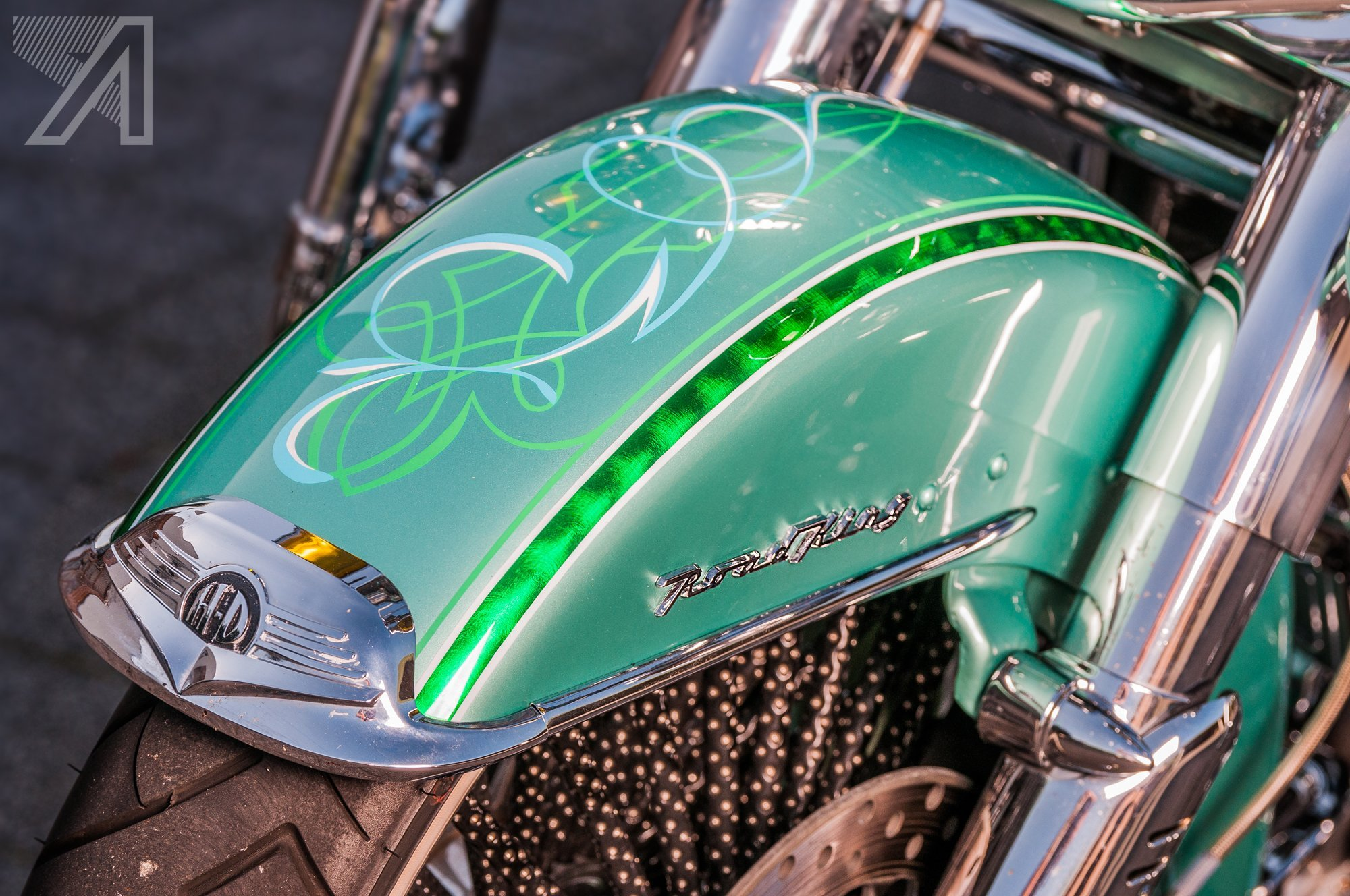 2016-10::1476001614-h-d-road-king-green-candy-leaf-5.jpg