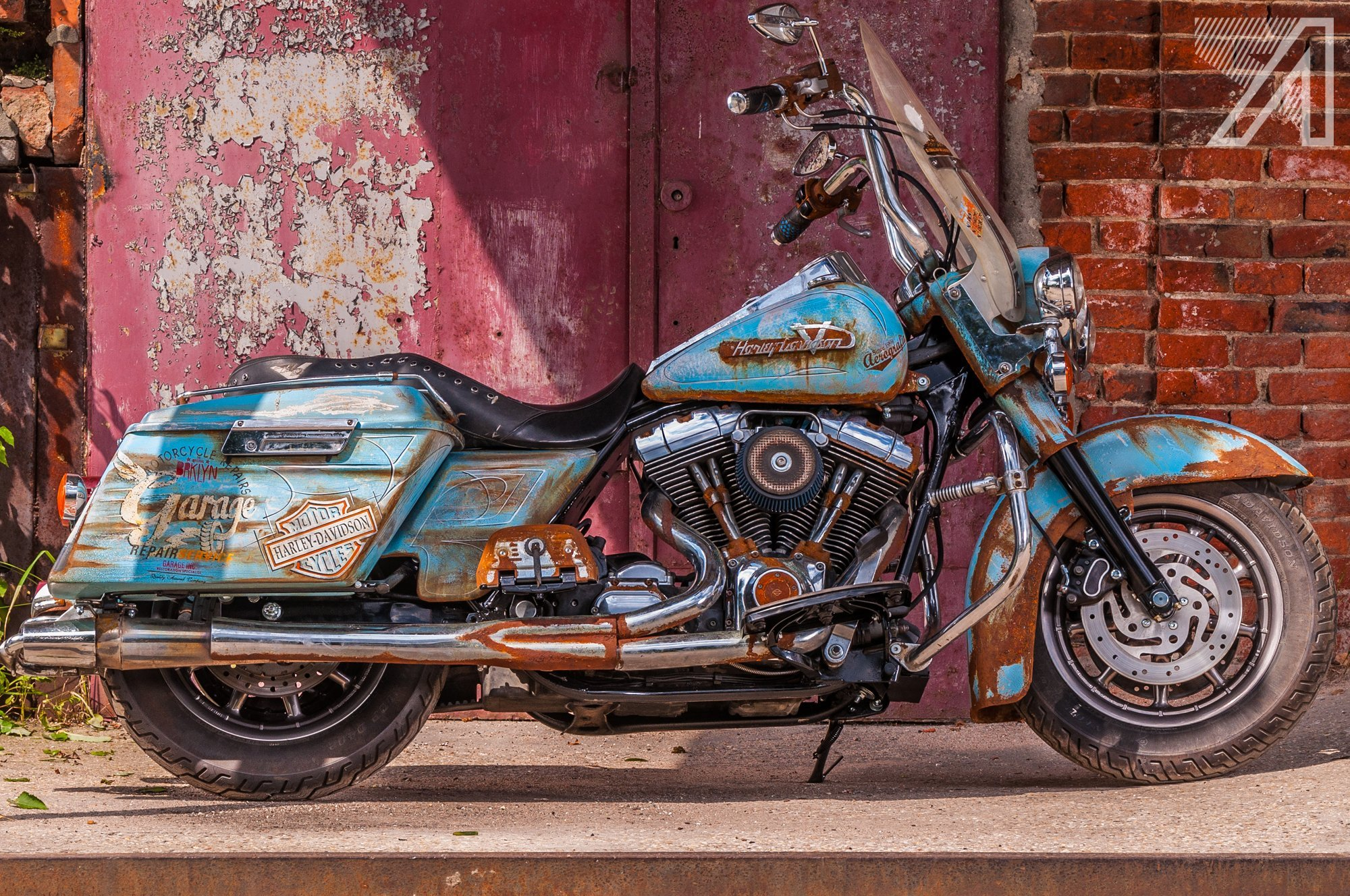 2016-10::1476031662-h-d-road-king-patina-rust-2.jpg