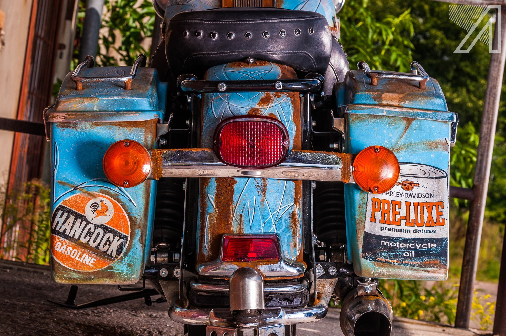 2016-10::1476031690-h-d-road-king-patina-rust-17.jpg
