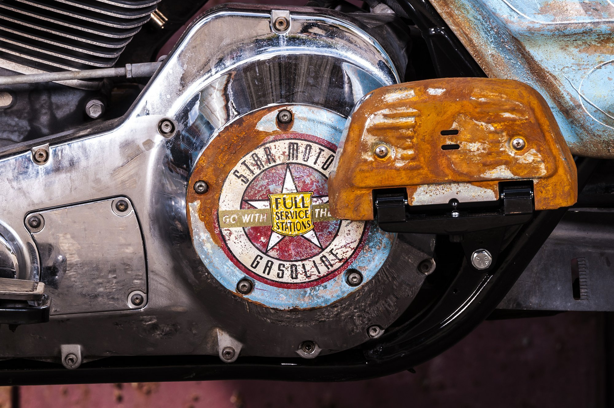 2016-10::1476031692-h-d-road-king-patina-rust-15.jpg