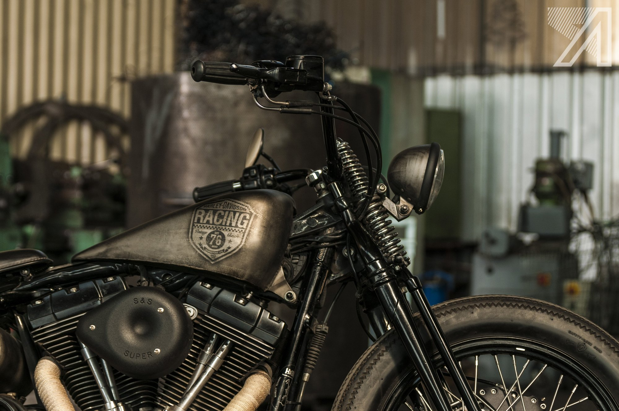 2016-10::1476032276-h-d-springer-steel-body-2.jpg