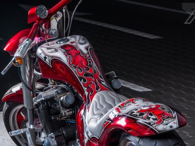 2016-10::1475613642-suzuki-red-candy.jpg