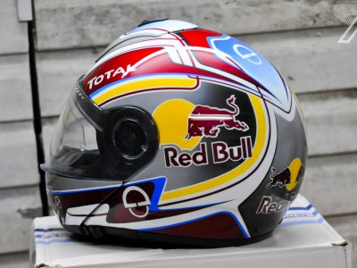 2016-10::1476133513-schuberth-red-bull.jpg